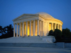 Monumento a Thomas Jefferson iluminado (Washington)