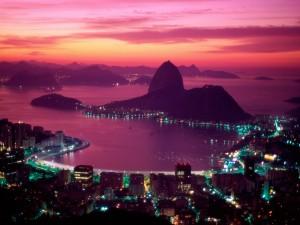 Amanece en la bahía de Guanabara (Río de Janeiro, Brasil)