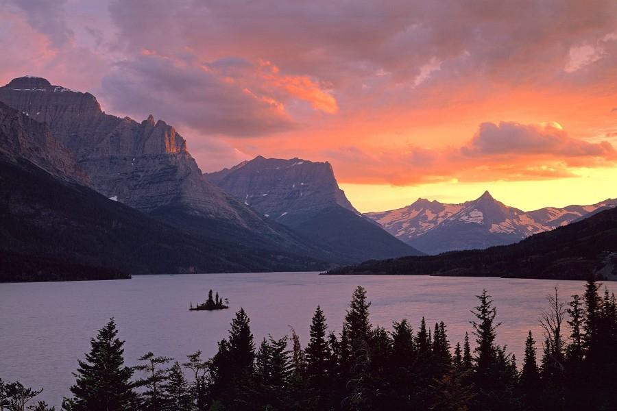 lago saint mary parque nacional de los glaciares montana