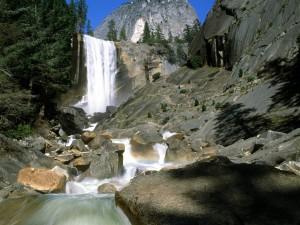 Cascada Vernal (Parque Nacional de Yosemite)