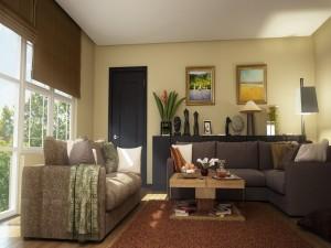Acogedora sala de estar con sillones de diferentes colores