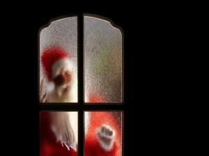 Papá Noel golpeando la puerta