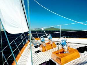 Cubierta de un barco a vela
