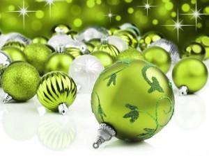 Bolas navideñas de color verde