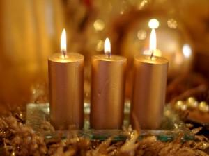 Velas doradas para Navidad