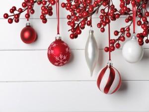 Atractivas bolas de Navidad