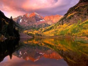 Reflejos en el lago