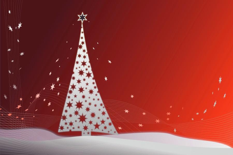Estrellas junto a un árbol de Navidad