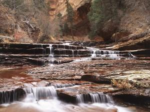 Río con poco caudal