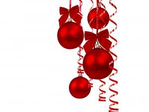 Bolas y cintas rojas para el día de Navidad