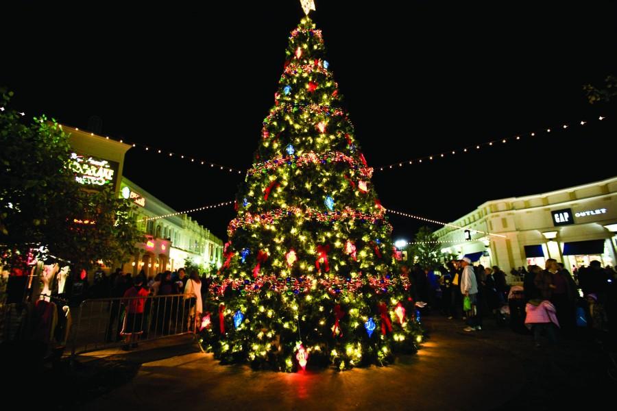 Árbol de Navidad en una calle