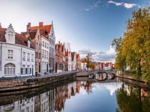 Canal en Brujas, Bélgica