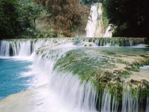 Cascada de Minas Viejas (México)