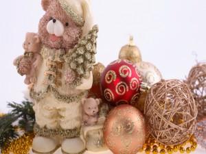 Muñecos y bolas para Navidad y Año Nuevo