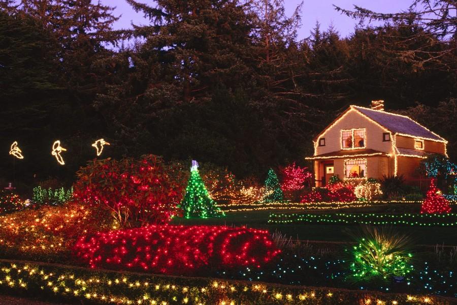 Decoraci n navide a en una casa con jard n 73607 - Decoracion navidena jardin ...