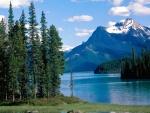 Lago Maligne (Alberta, Canadá)