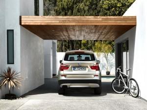 BMW X3 en el garaje
