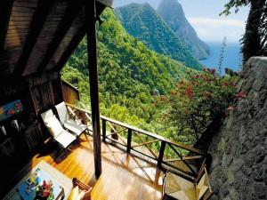Hermosas vistas desde el balcón de una casa
