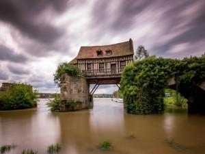 Casa en el puente, Francia