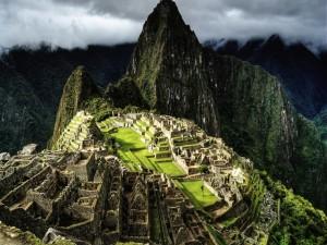 Nubes sobre el Machu Picchu