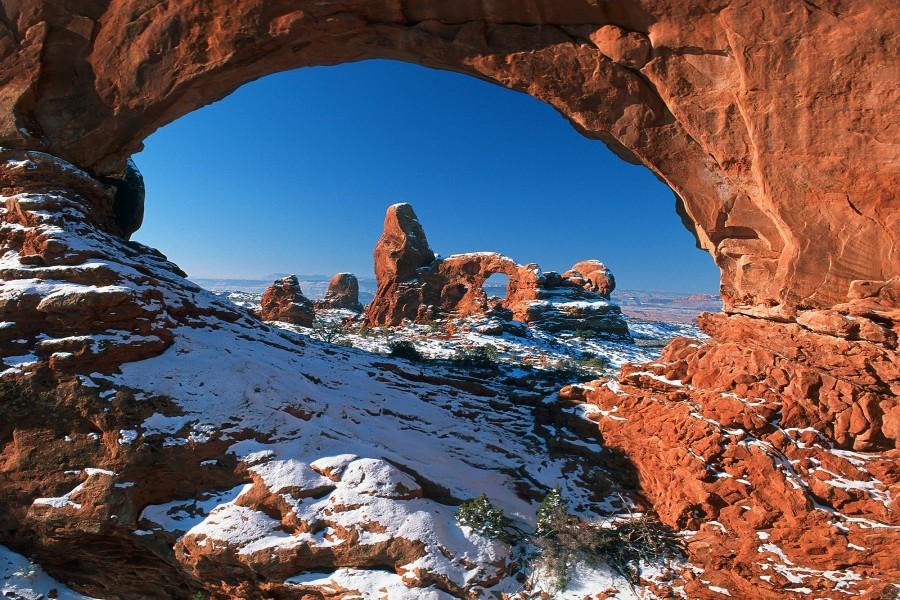 Nieve en el Parque Nacional de los Arcos (Utah)