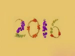 El Nuevo Año 2016 cubierto de flores