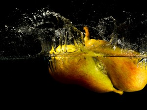 Peras en el agua