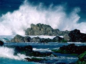 Oleaje en las rocas