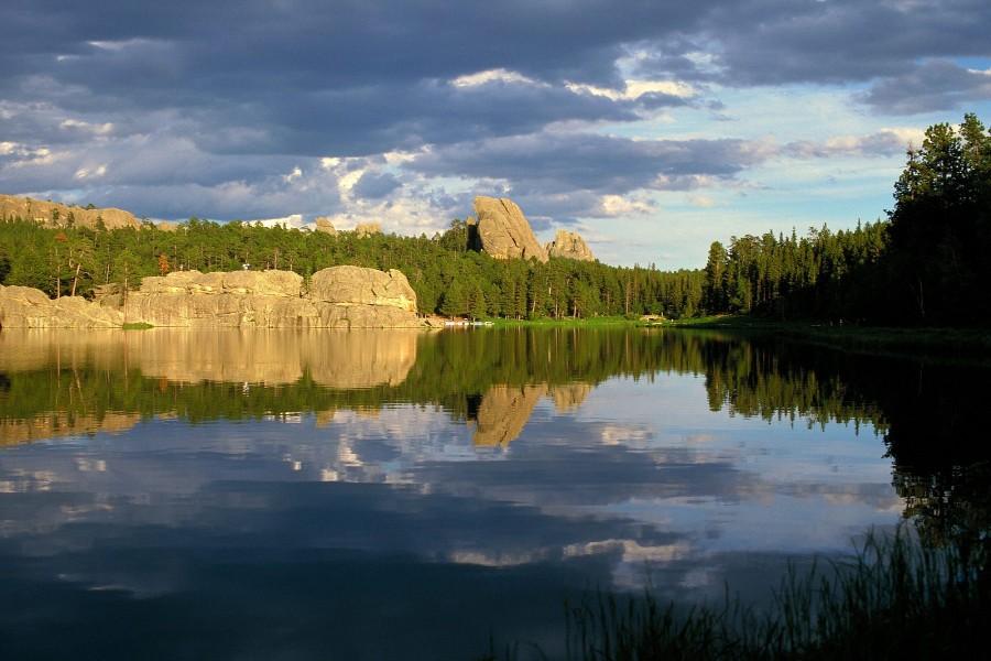 Resultado de imagen para lago en dakota del sur