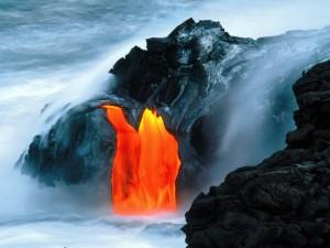 Lava en el volcán Kilauea (Hawái)