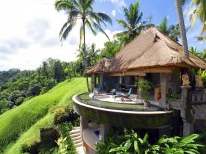 Complejo turístico de lujo en la isla de Bali (Indonesia)