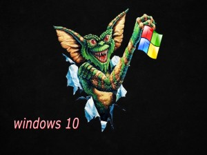 Gremlin sosteniendo el logo de Windows