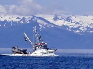 Barco pesquero en Alaska