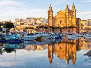 Yates en costa Valletta capital de Malta