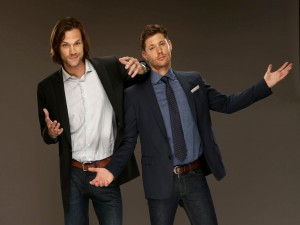 "Jared Padalecki y Jensen Ackle en ""Supernatural"""