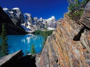 Lago Moraine y el Valle de los Diez Picos (Alberta, Canadá)