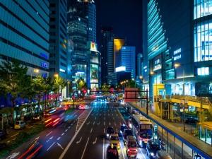 Noche en las calles de Osaka (Japón)