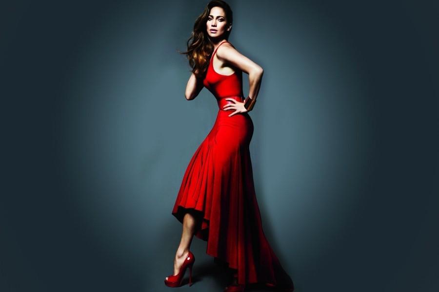 Jennifer Lopez Con Un Vestido Rojo 74838