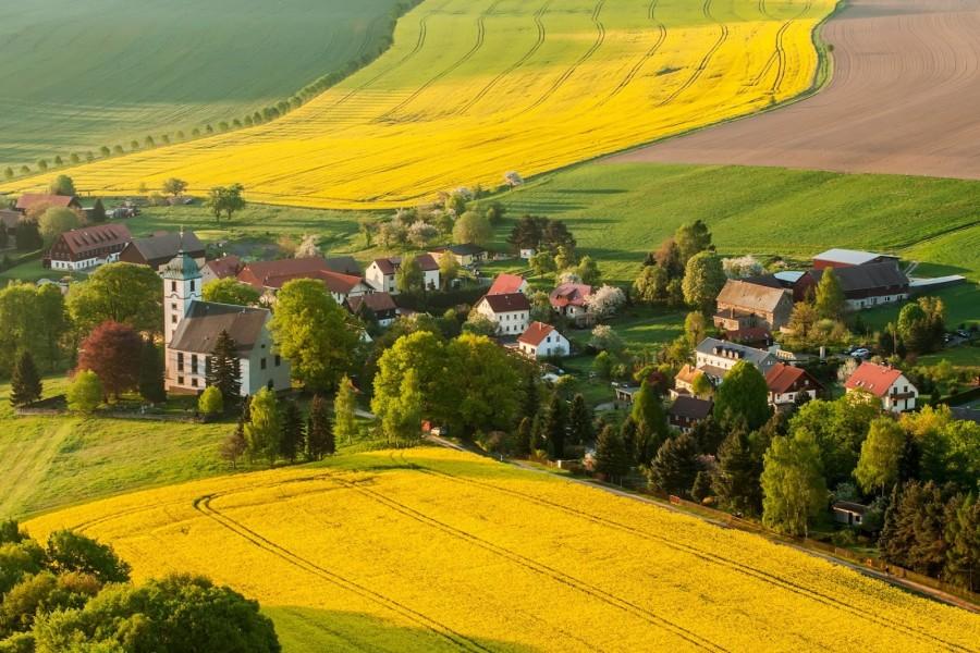 La plenitud de vivir en un pueblo rural