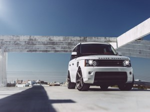 Range Rover de color blanco