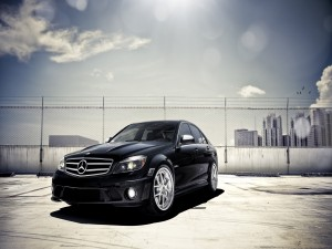 Un elegante Mercedes