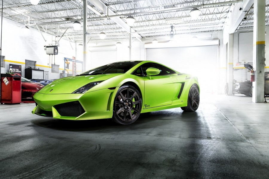 Lamborghini Gallardo en un taller