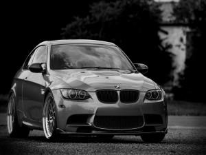 Un elegante BMW M3 E92