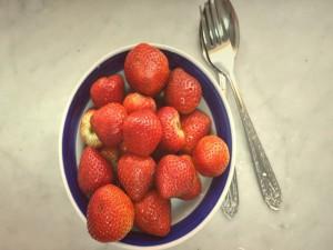 Fresas en un plato