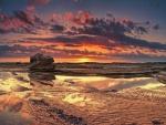 Marea baja en la puesta del sol