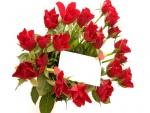 Ramo de rosas rojas con una nota para San Valentín