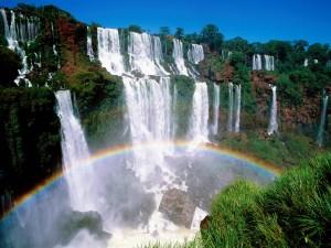 Arcoíris en las cataratas del Iguazú