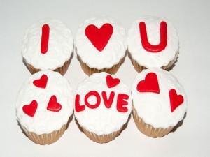 Cupcakes con un mensaje de amor para San Valentín