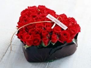 Corazón de rosas rojas para San Valentín