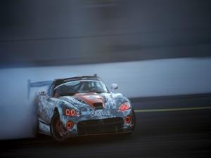 Dodge Viper practicando drifting